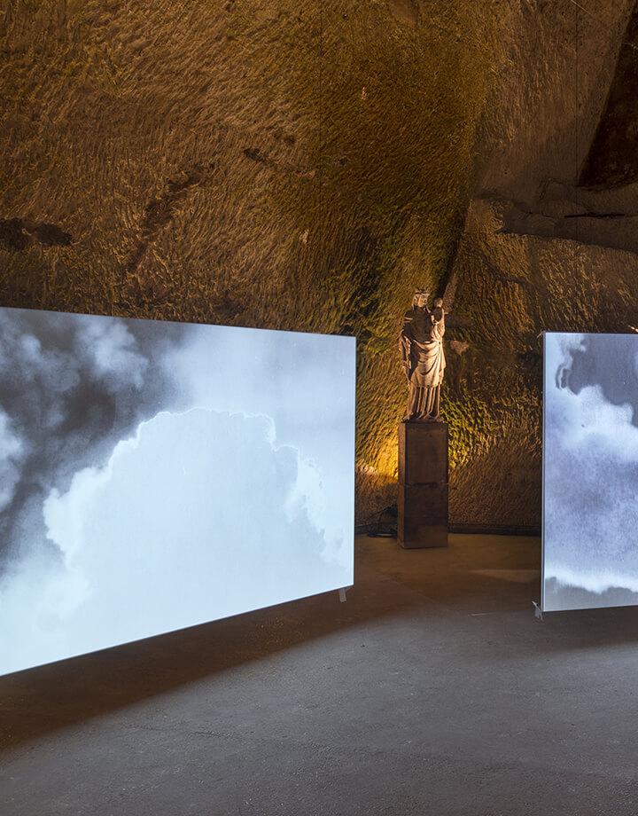 Lisa Oppenheim, Smoke, 2013